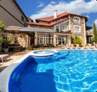 Отдых с бассейном в Очакове